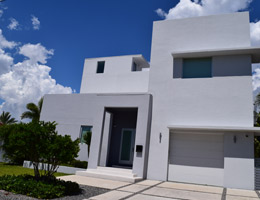 Fernandez Residence